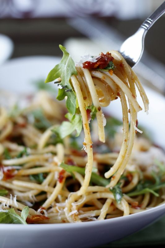 BLT Spaghetti: perfect dish on a buffet because it's still delicious at room temp.