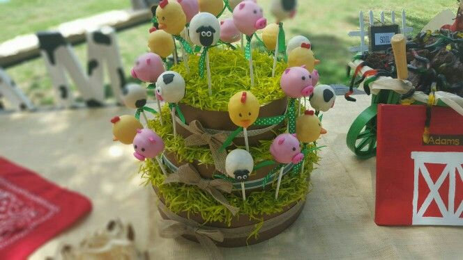 Animal cake pops with stand