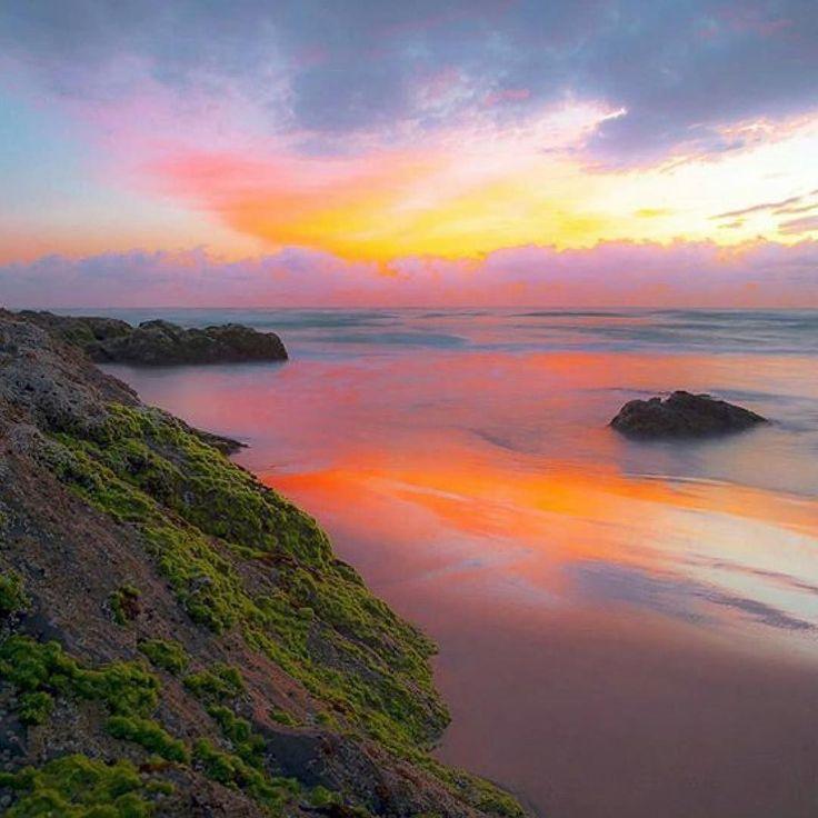 #Repost @capochino67:@Regrann_App from @shipwreckphotography -  Sunrise   Gold Coast Queensland Australia  @visitgoldcoast @queensland @australia #regrann