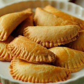 Cheese pies - Τυροπιτάκια φούρνου με κεφαλοτύρι