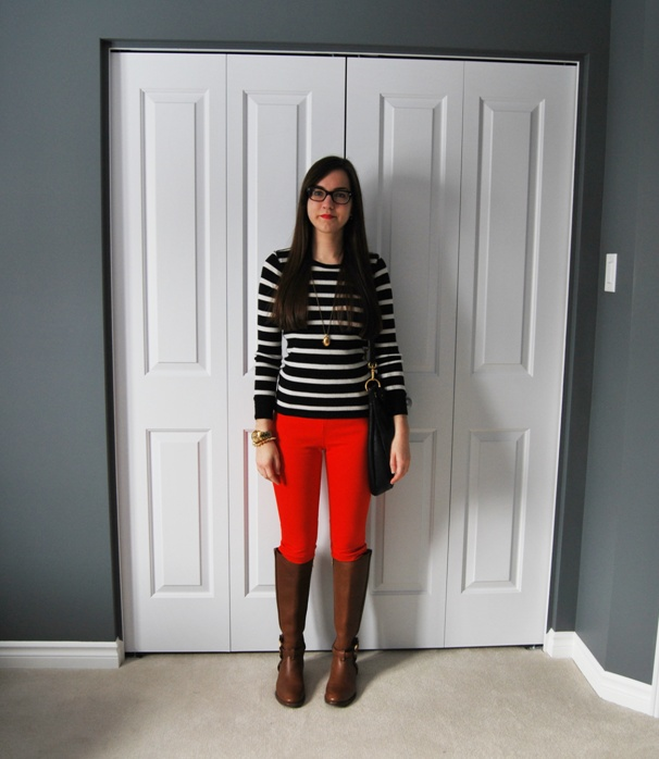 red minnies, stripe shirt, and  brown riding boots