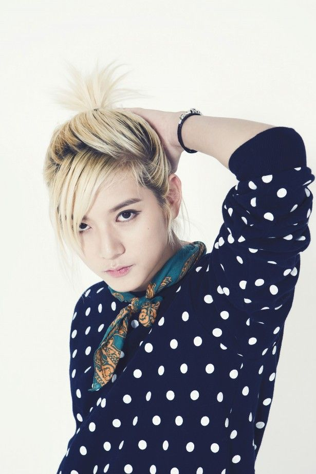 "NU'EST Ren   Holy GOSH HIS NAME IS REN AND HE HAS ""LEN HAIR!!!!! XDDDDD"