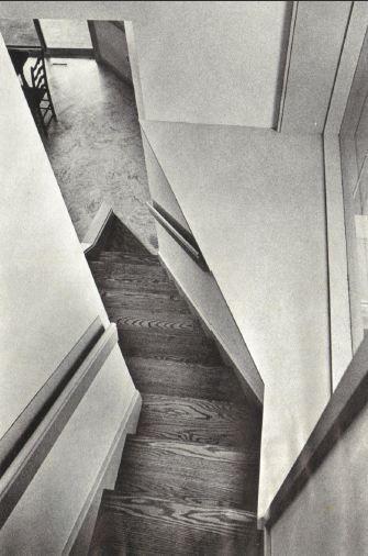 Architect-Venturi_Robert: Vanna Venturi House, Chestnut Hill, Pennsylvania, USA