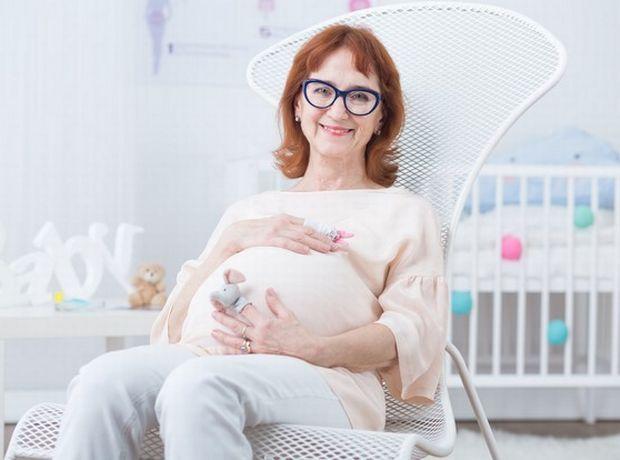 Ρώτα τον γιατρό: Μπορώ να γίνω μαμά μετά τα 45; - Ρώτα τον γιατρό   Ladylike.gr