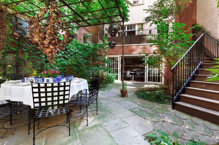 Meryl Streep's Former Greenwich Village Townhouse Just Hit The Market - ELLEDecor.com