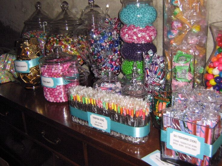 25 best images about wedding candy station on pinterest for Candy bar for weddings receptions