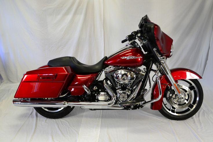 Harley-Davidson : Touring 2013 Harley Davidson Street Glide - Boasts all three options!  Low mileage!