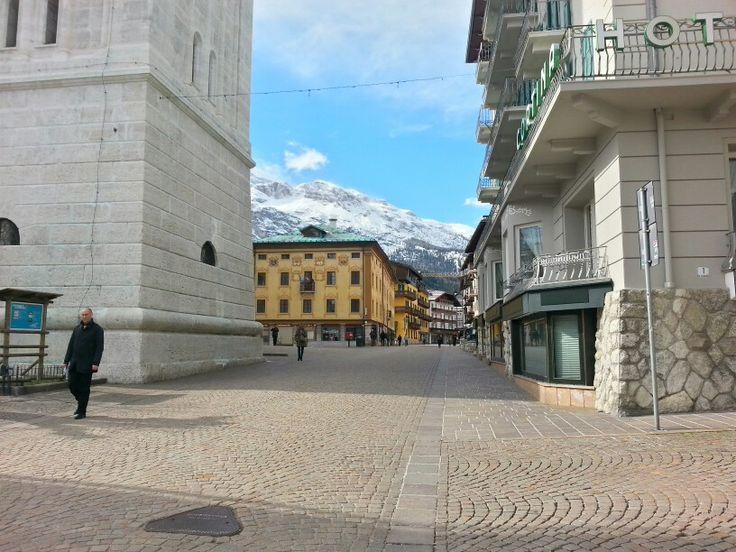 27/03/2015 ~ Cortina | Di ritorno dalla visita alla Rothoblaas e alla Rubner siamo passati per Cortina | Montagne innevate