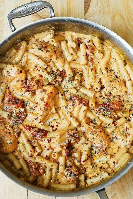 Pan roasted Chicken Mozzarella Pasta