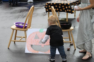 Toddler Approved!: DIY Toddler Approved Halloween Carnival Games--Bean bag toss