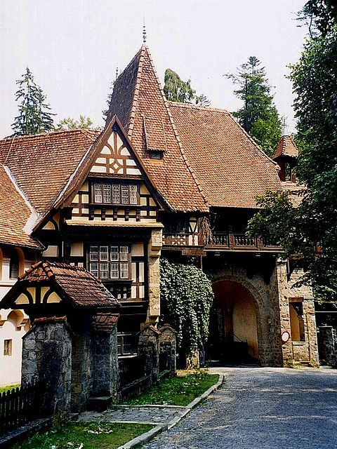best 10+ tudor homes ideas on pinterest | tudor style homes, tudor