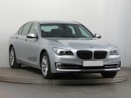 BMW 7 2013 Sedan strieborná 6