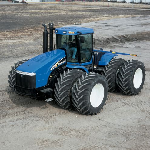 Google Image Result for http://upload.wikimedia.org/wikipedia/commons/1/1d/New_Holland_tractor.jpg