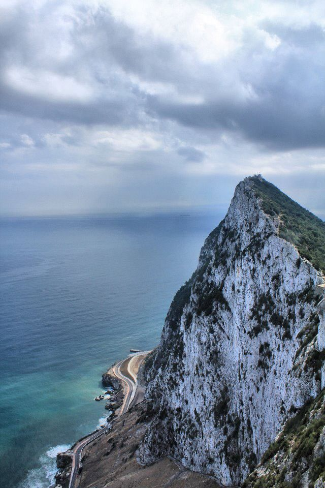 today gibraltar is a self governing territory of the united kingdom and as such its