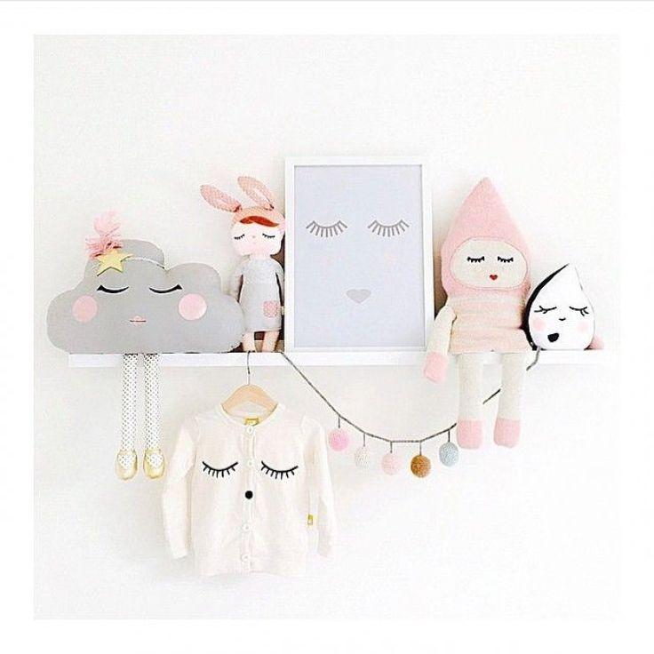 mommo design: SHELFIE LOVE