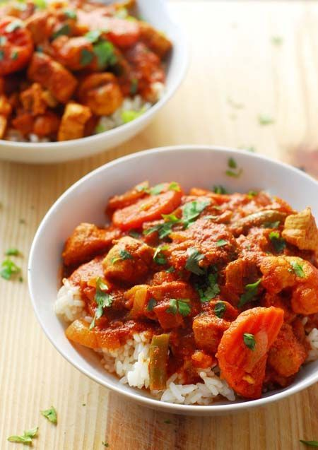 You've got to try this tasty Cape Malay Chicken and Vegetable Curry! It's quick and easy to make either on the stove or in a slow cooker. Get the recipe here: https://foodal.com/recipes/ethnic/cape-malay-chicken-vegetable-curry/