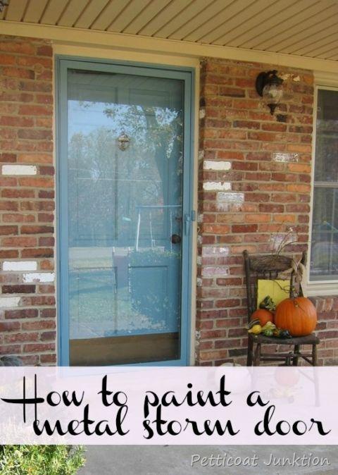 How+to+paint+a+metal+storm+door+Petticoat+Junktion