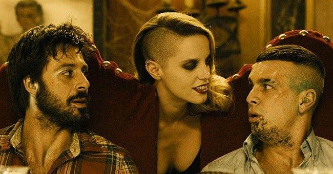 """Hugo Silva, Carolina Bang y Mario Casas en """"La bruja de Zugarramurdi"""" de Álex de la Iglesia (2013)"""