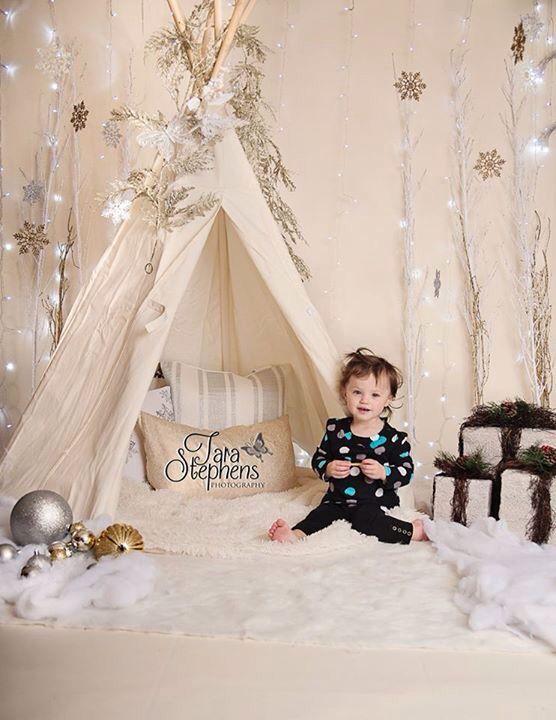 Christmas tent (like the white sticks)