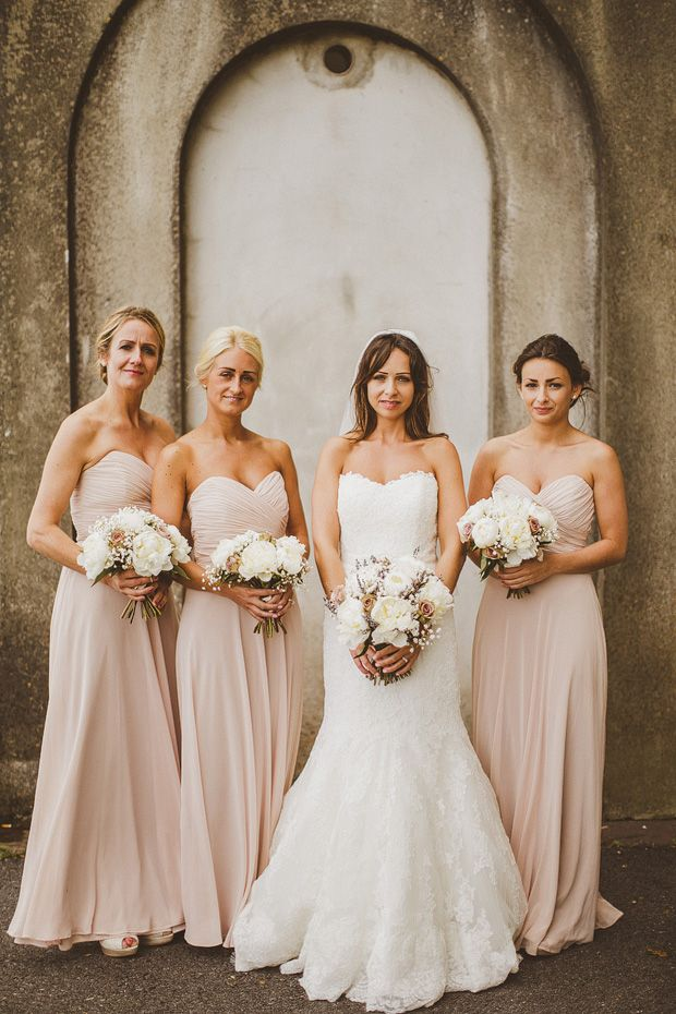 #Blush #Wedding … ideas, ideas and more ideas about  HOW TO plan a wedding  ♡ https://itunes.apple.com/us/app/the-gold-wedding-planner/id498112599?ls=1=8