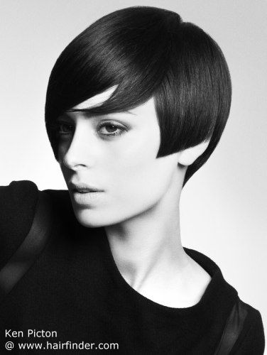 Sharp side angle 60s cut