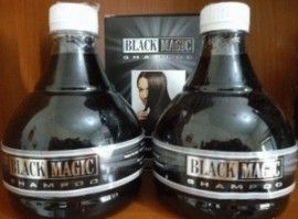 Ingin mempunyai rambut hitam mengkilap,rambut lebat dan nampak sehat? Black Magic Kemiri Shampoo manjdi solusi buan anda,