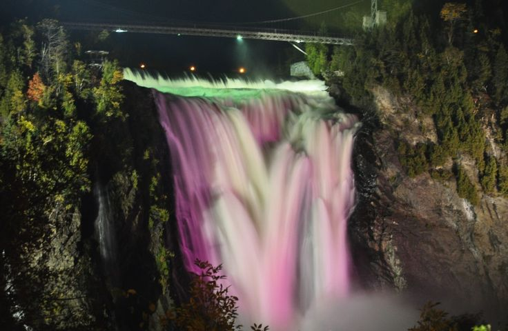 Montmorency falls, Québec .. by night