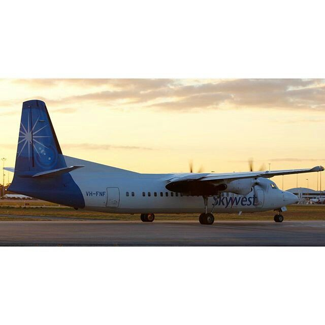 Skywest Fokker 50, Perth Airport