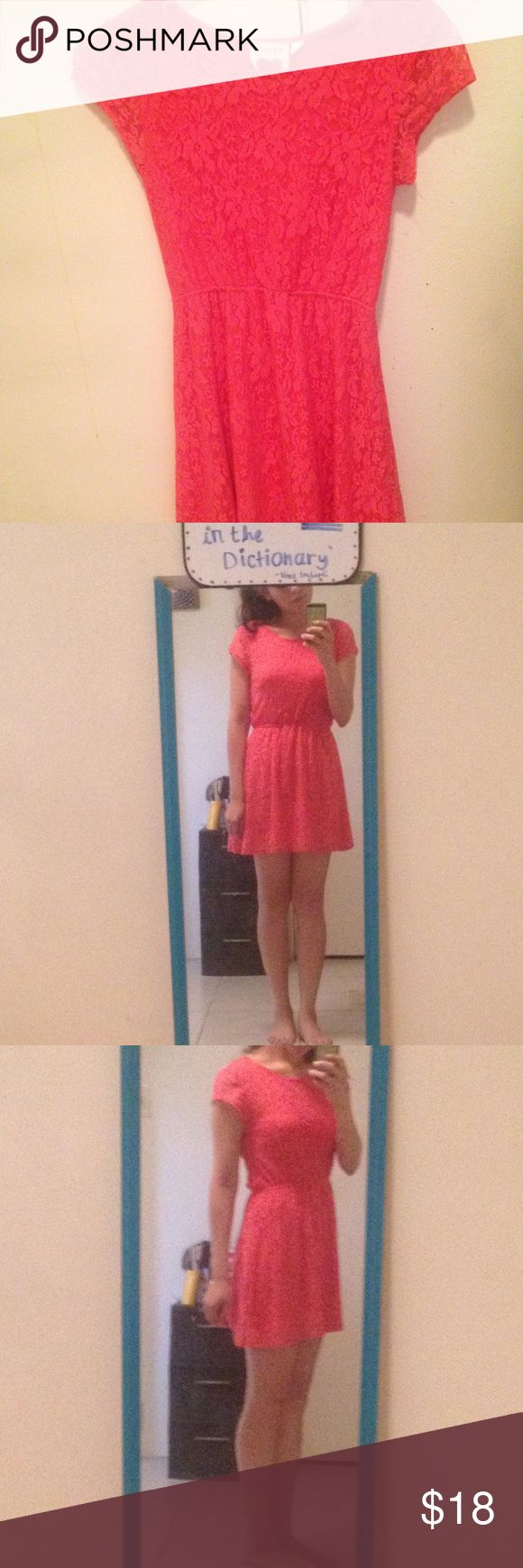 Coral lace dress with sleeves Coral lace dress with sleeves super comfy and girly👗💕 fit more like small Dresses Mini