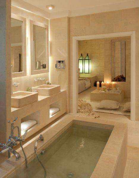 vasca creata con mattonelle