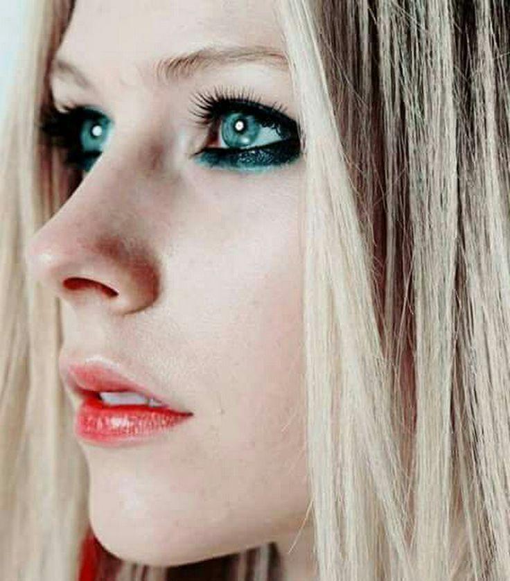 Avril lavigne fotos de chicas adolesentes desnudas 49