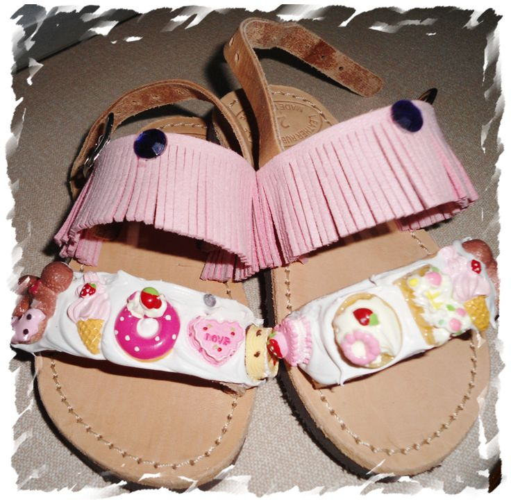 handmade decorated baby sandals with cream candy,ice cream,donuts pink felt and strass only for little princess #σανδαλια #χειροποιητα #παιδικα #handmade #whippedcream #pink #donuts #sandals #summer #kids #candy
