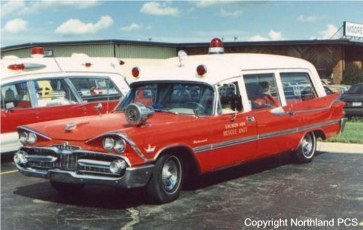 1959 National Dodge Ambulans