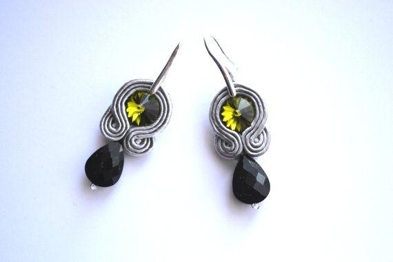 Soutache earrings with Swarovski Elements by StylazkaSoutache