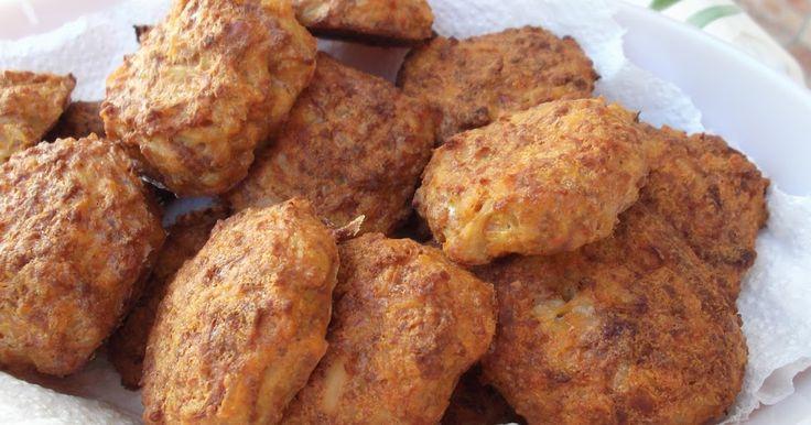 Hozzávalók: 50 dkg karfiol 25 dkg darált hús 2 db tojás 3 evőkanálnyi zabpehelyliszt 3 evőkanálnyi reszelt sajt 5 púpozot...