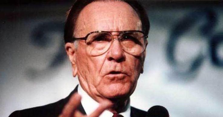 24 января 1918 года родился Орал Робертс. Он основал в 1947 году Евангельскую Ассоциацию и в 1963 Университет, был первым теле-евангелистом.