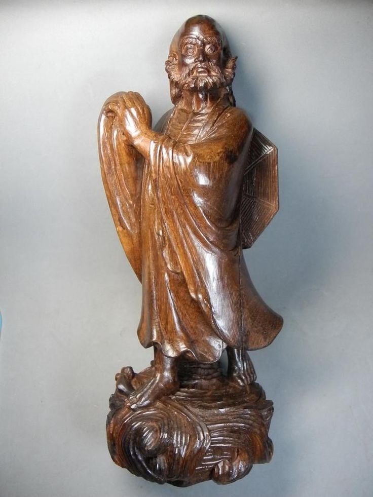 Chinese redwood carving dharma bodhidharma statue