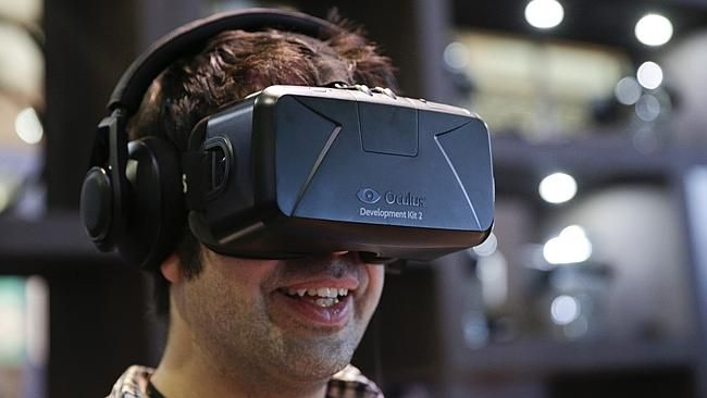 Oculus show off Rift along with games promised to launched early next year
