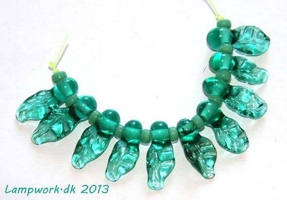 SRA handmade lampwork leaf bead set by LampworkDK on Etsy
