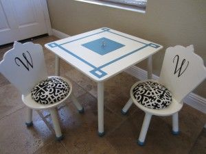 An old salvaged Disney princess table turned Hollywood Glam activity play table
