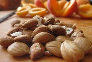 Vitamina B17, amigdalina – vitamină sau otravă? | cesamancam.ro