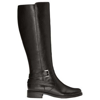 Black boots- must have for fall/winter