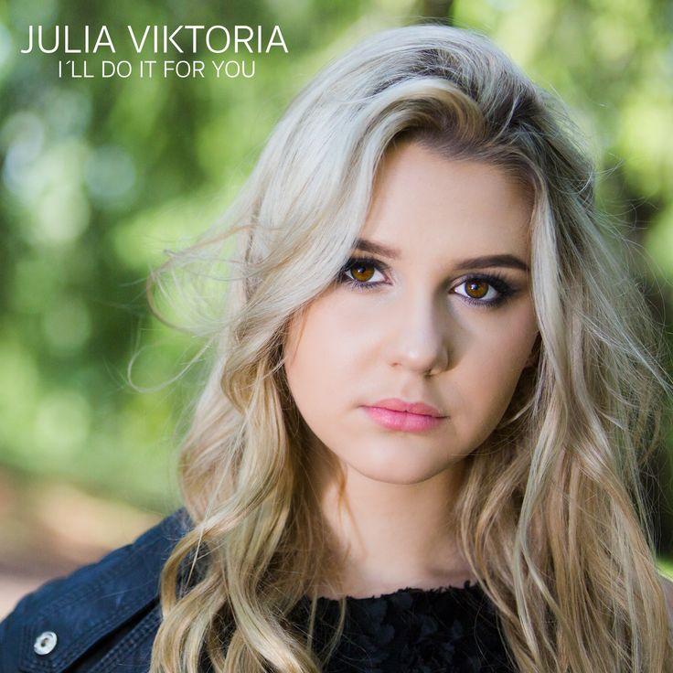 Femtonåriga Sandvikentjejen Julia Viktoria vill sprida glädje och hjälpa andra #juliaviktoria