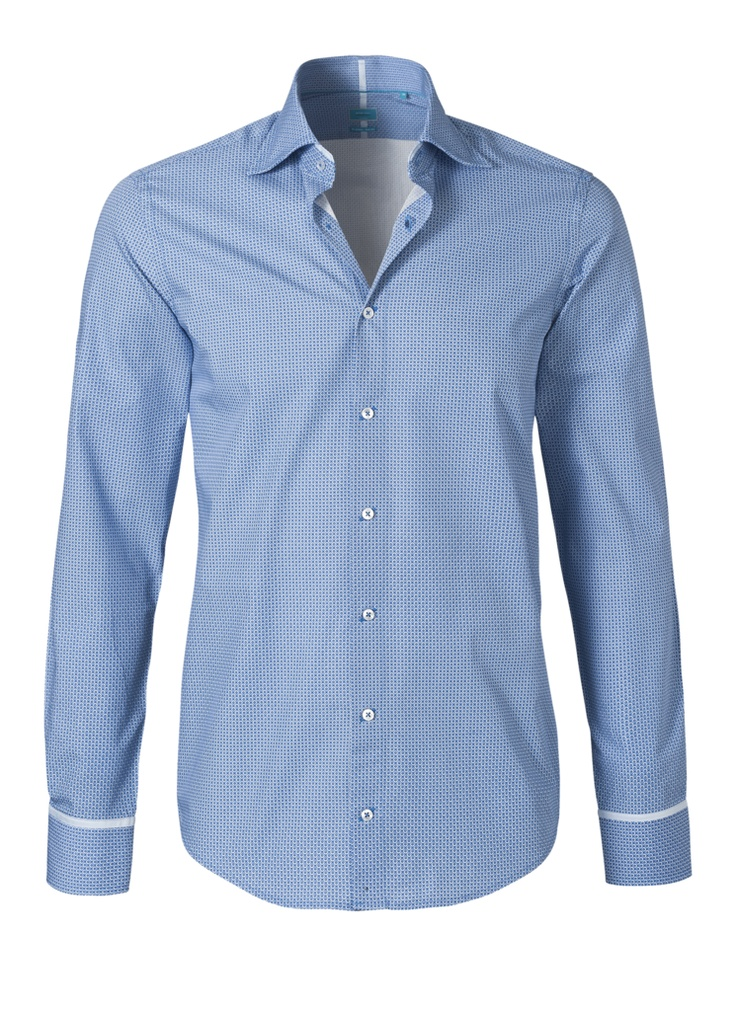This is a beautiful light blue shirt. It is very thin checkered. It is a neat shirt, with a thin white stripe to the sleeves. This shirt costs now € 109.95.