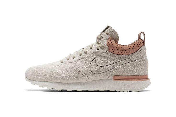 Nike Internationalist Mid Royal - EU Kicks Sneaker Magazine