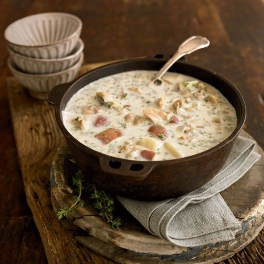 Classic New England Clam Chowder Recipe - Yankee Magazine