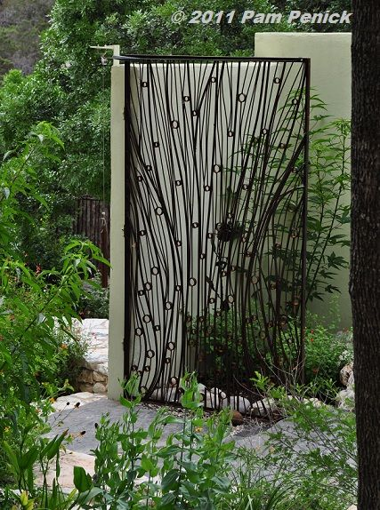 Gate by Chris Levack of Austin. Stratford Drive garden | Digging