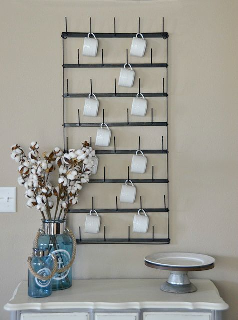 Best 25 mug wall rack ideas on pinterest coffee mug for Mug racks ideas