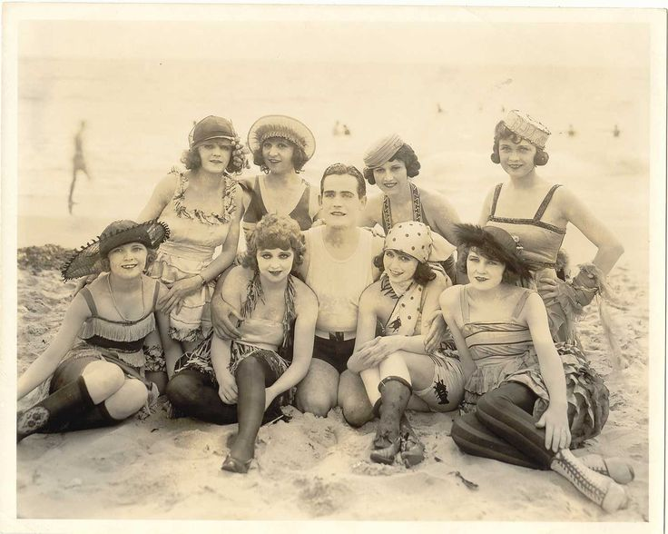 bathing beauties, 1910s