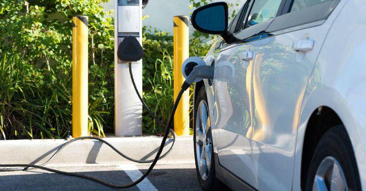Reforma tributaria impulsaría la masificación de vehículos eléctricos: Andemos